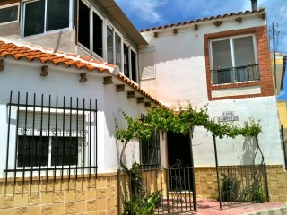Village House for sale in Los Cerricos