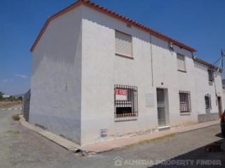 Maison de Village à vendre en Taberno