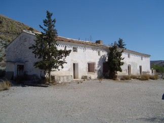 Country House for sale in Puerto Lumbreras