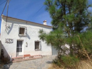 Country House for sale in Chercos