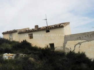 Country House for sale in Olula del Rio