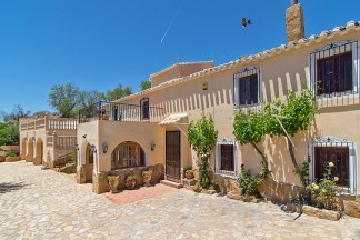 Landhaus zu verkaufen in Chirivel
