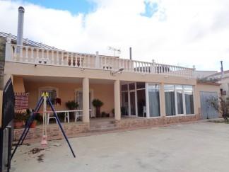 Landhuis te koop in Oria