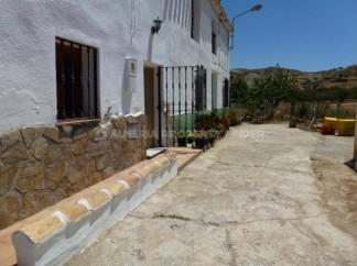 Dorpshuis te koop in Arboleas