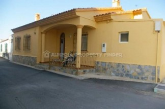 Village House for sale in Palomares