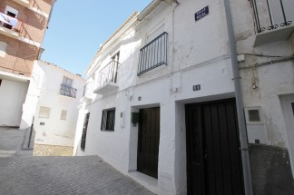 Town House for sale in Seron