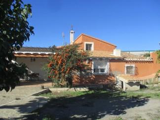 Landhaus zu verkaufen in Tijola