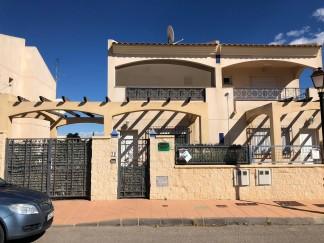 Duplex zu verkaufen in La Alfoquia