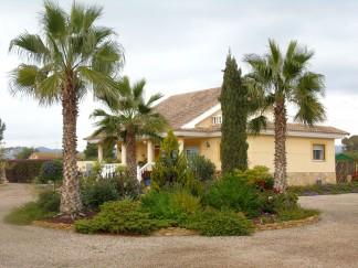 Villa for sale in Puerto Lumbreras