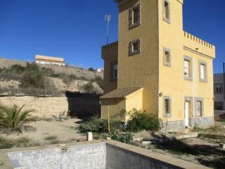 Villa en venta en Cantoria
