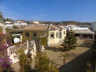 Villa for sale in Arboleas