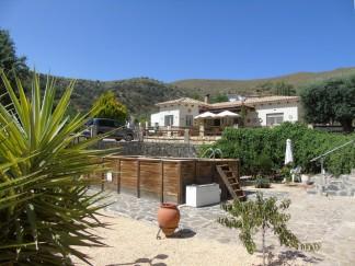Villa te koop in Chercos