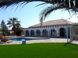 Villa te koop in Zurgena