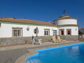 Villa for sale in Cantoria