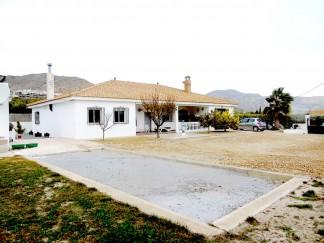 Villa zu verkaufen in Somontin