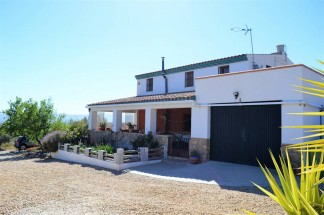 Country House for sale in Uleila del Campo