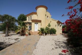 Villa en venta en Vera
