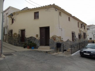 Dorpshuis te koop in Purchena
