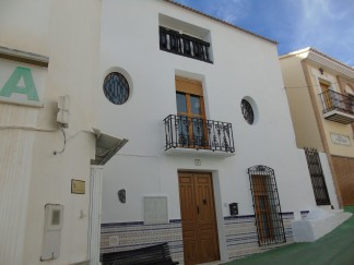 Town House for sale in Lucar