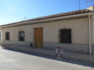 Village House for sale in Caniles