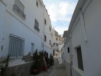 Village House for sale in Sierro