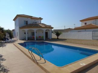 Villa for sale in Antas